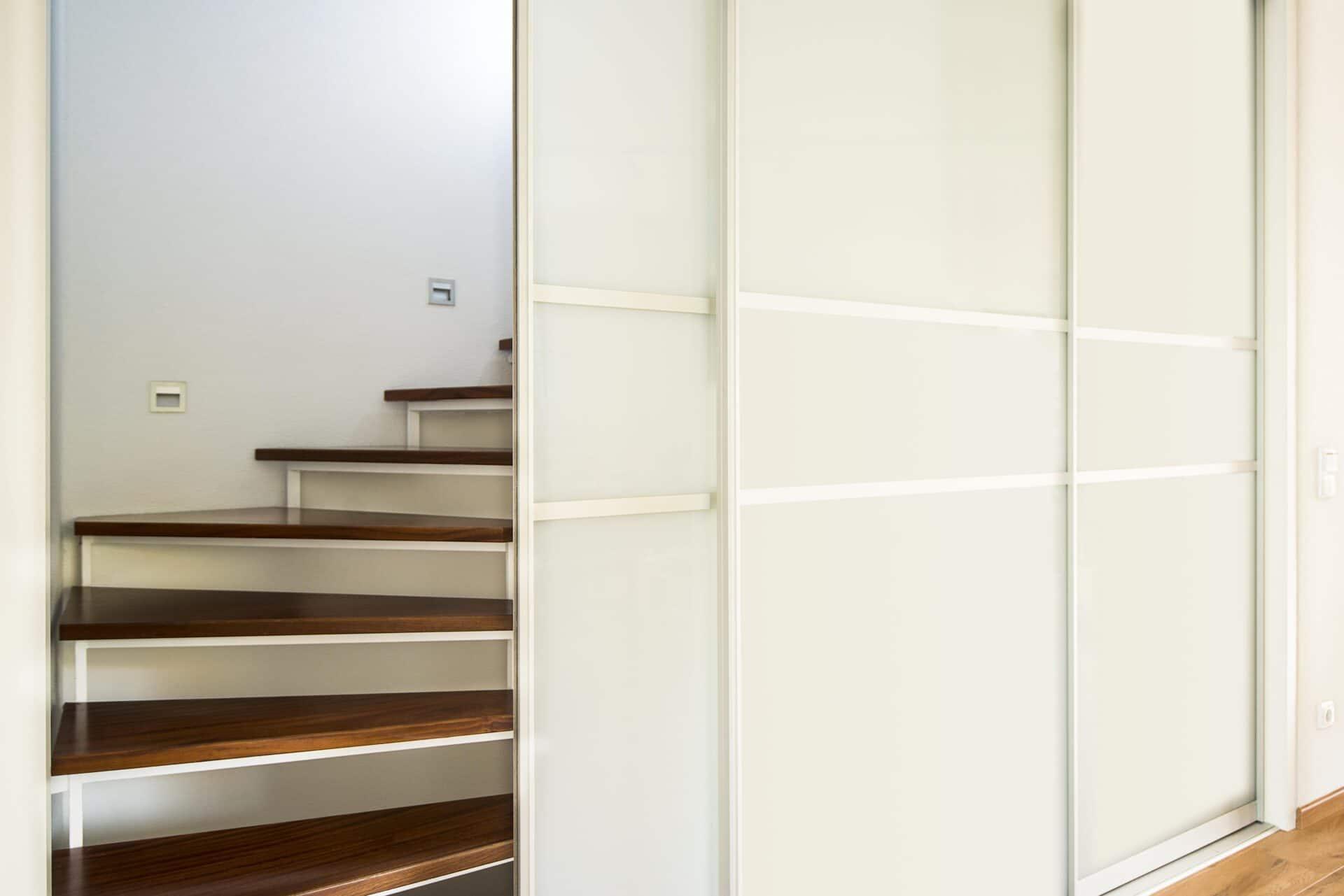 Treppenhaus-Abtrennung